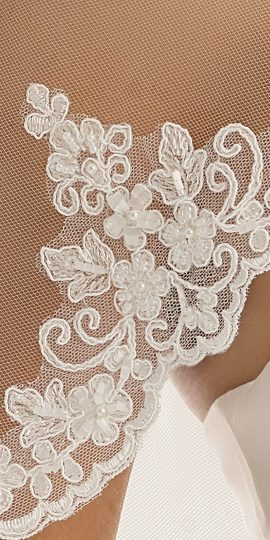 S 219, Single layered veil with lace edge, Længde 220 cm, Ivory